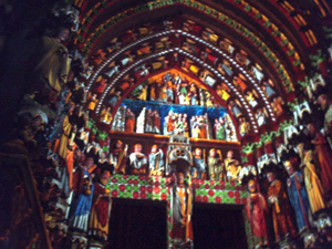 amiens_cathedral_illuminated.jpg